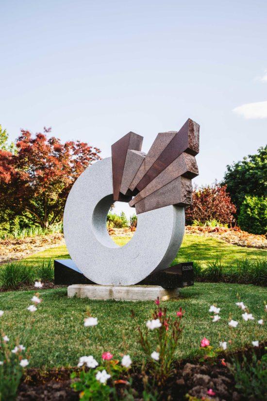 sculpture cozic